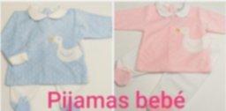 Bebé pijamas.